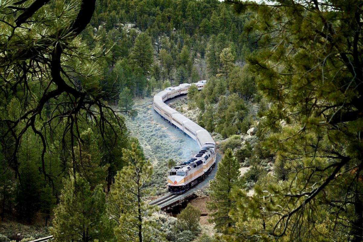 Grand Canyon Railway Train - Take the Train to Grand Canyon National Park: An Insider's Guide